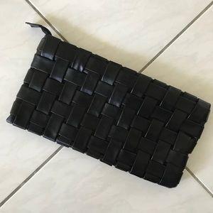 Vegan Leather Clutch w/ Detachable Chain